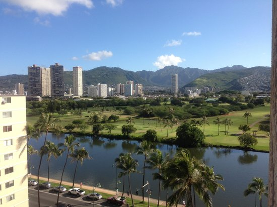 Waikiki Sand Villa Hotel: 部屋からの眺め