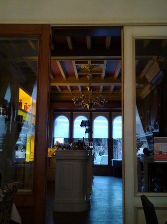 Hotel Belle-Vie: Bar