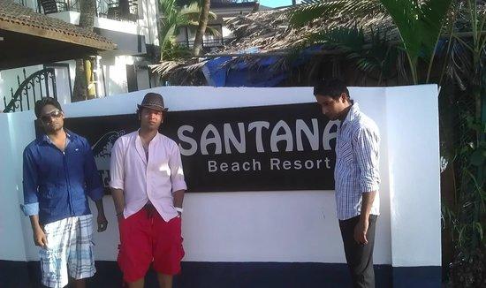 Santana Beach Resort: The Entrance