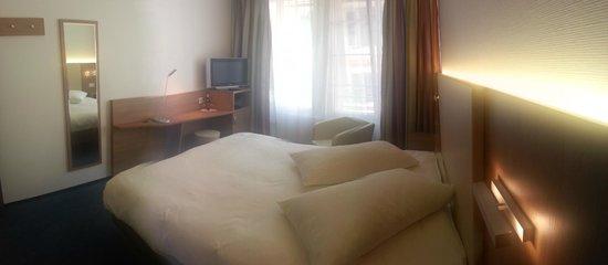 Chambre rénovée Hotel du Nord Aigle Suisse