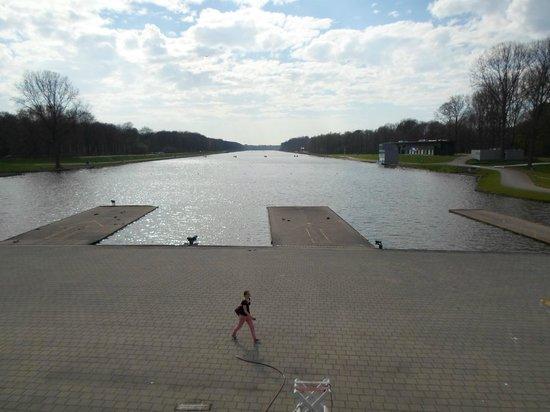 Spa Sport Hotel Zuiver: Il lago a pochi passi dall'hotel