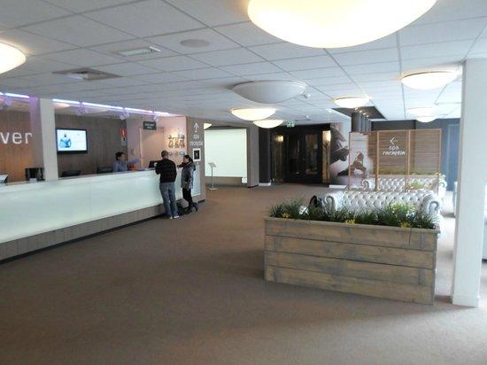 Spa Sport Hotel Zuiver : la Hall