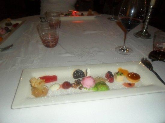 Henrique Leis Restaurant: The dessert on the 5 course menu - amazing