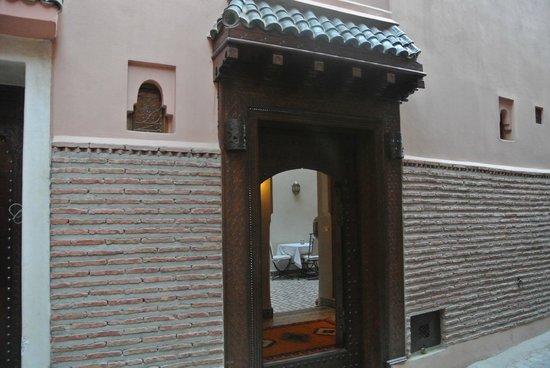 Riad Gallery 49 : L'entre