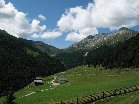 Val Sarentino: verso Picco Ivigna e Merano 2000
