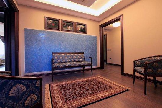 Hotel Victoria: Hotel's hallway second floorlbania