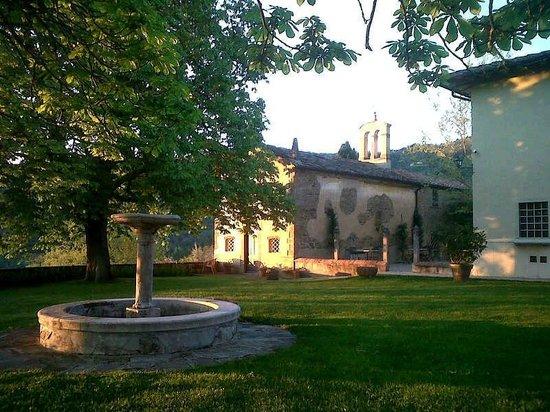 Relais Villa Belpoggio: Angolo del giardino
