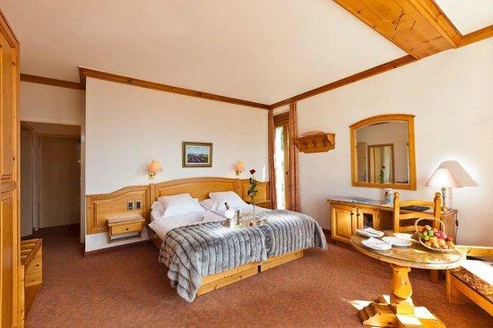 Hotel Alpina & Savoy : Chambre