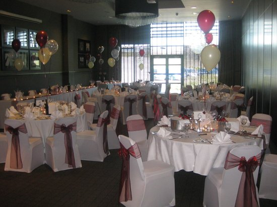 Village Hotel Manchester Ashton: our wedding meal room. the hotel set up everything!
