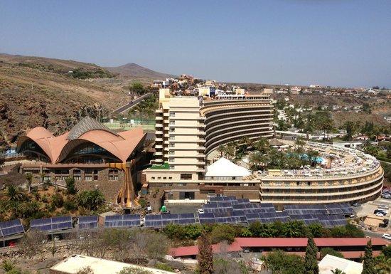 Gloria Palace San Agustin Thalasso & Hotel: Hotel Gloria Palace San Agustin : view from west