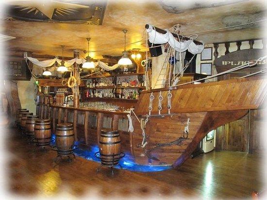 Il Corsaro Risto Pub: Il Bancone...