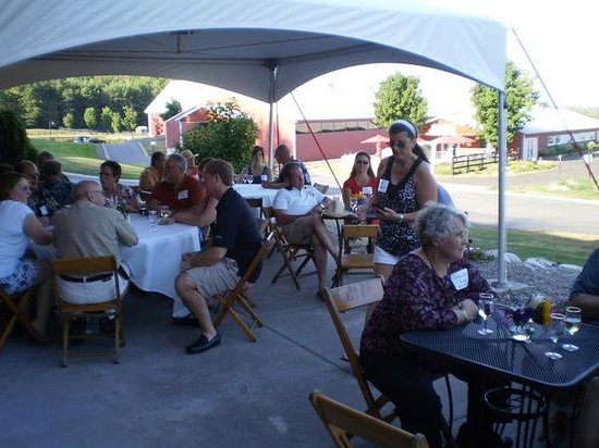 Suttons Bay, MI: Wine club summer BBQ on the patio