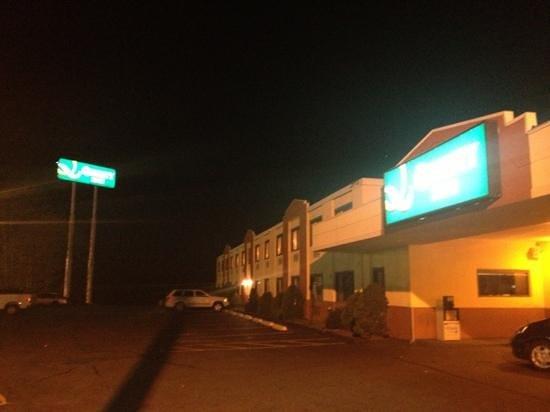 Rodeway Inn : quality motel...