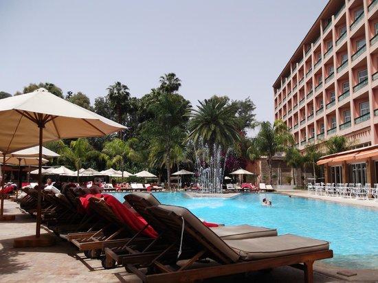 Es Saadi Marrakech Resort - Hotel: Pool and hotel