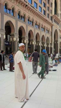 InterContinental Dar Al Tawhid: that is me in front of the hotel facing the Masjid-Al-Haram