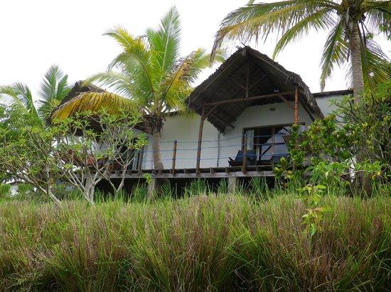 """Le Grand Bleu : Mon bungalow en """"contre-plongée"""""""