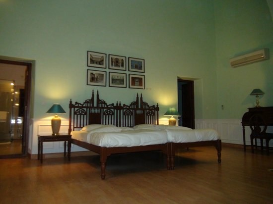 Hotel Lalgarh Fort And Palace: Room