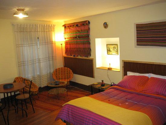 8a Cusco Guest House: Acojedor
