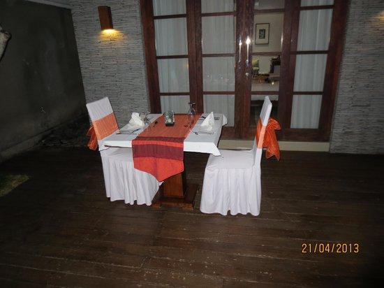 The Wolas Villas & Spa : Romantic dinner table at your villa