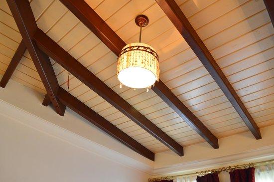 Tuvana Hotel: Good furniture and interior