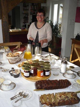 Les Chambres du Confiturier de Malethi: Le sourire de Marie au petit déjeuner