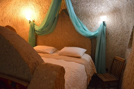 Holiday  Cave Hotel: Family ROom
