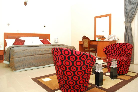 Hemas Hotel: Exclusively furnished room