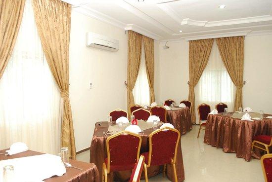 Hemas Hotel: Restaurant