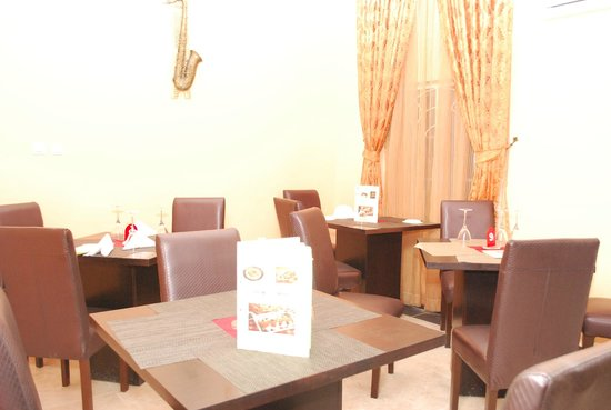 Hemas Hotel: Dining and Restaurant