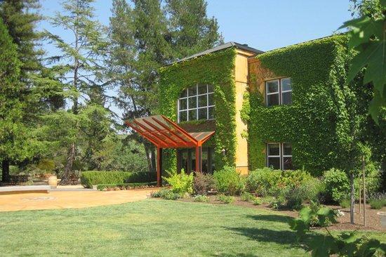 Lancaster Estate Winery: Winery entance