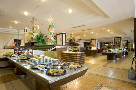 Presa di Finica Hotel & Suites: big & good buffet