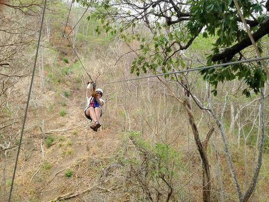 Canopy Vista Tamarindo : my wife coming in