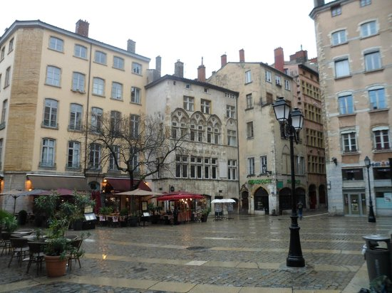 street view of mon hotel particulier mon hotel particulier lyon resmi tripadvisor. Black Bedroom Furniture Sets. Home Design Ideas