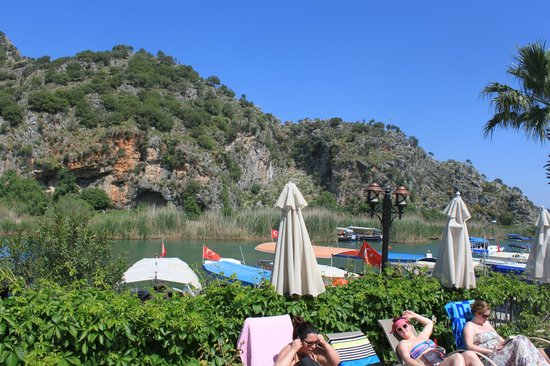Dalyan Tezcan Hotel: The Pool area
