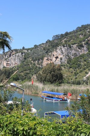 Dalyan Tezcan Hotel: The Rock Tombs - view from a boat