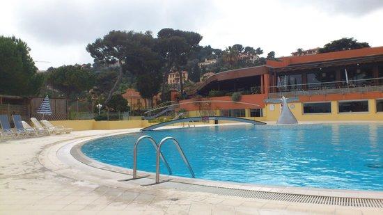 Hôtel Delcloy : piscine