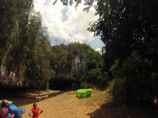 Belize Jungle Trek : Destination-now the ride thru the cave