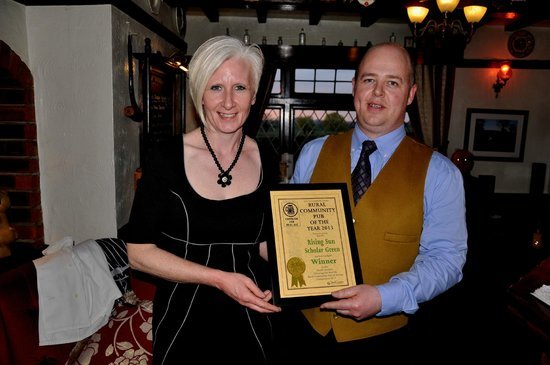 The Rising Sun Country Pub & Restaurant: Business Owners Wade & Colleen With Camra Award