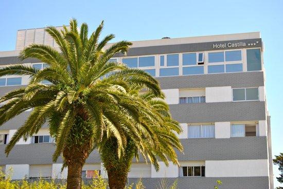 Hotel Castilla: Fachada Lateral
