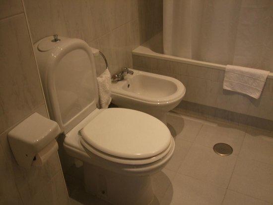 Residencia Fornos : Baño