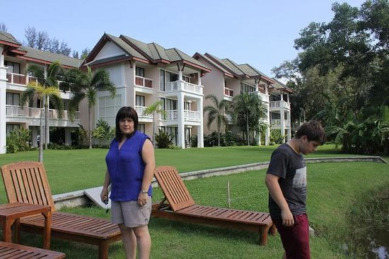 Laguna Holiday Club Phuket Resort: The. front of the apartments
