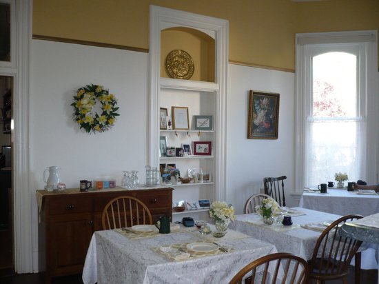 The Inn on Broadway: Dining room & home-made stuff for sale