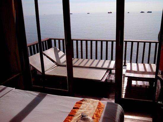 Dusit Buncha Resort: Blick vom Bungalow 108 Richtung Golf von Thailand