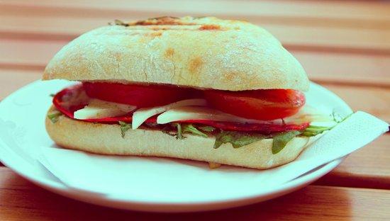 Flamingo Fresh Food Bar: Chorizo Sandwich