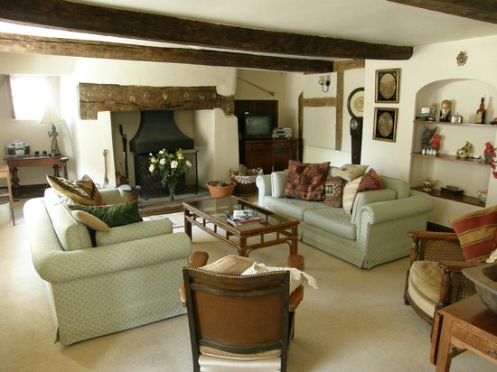 Lea House Bed & Breakfast: Guests Lounge