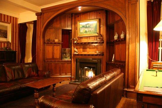 Dalmunzie Castle: Smoking room