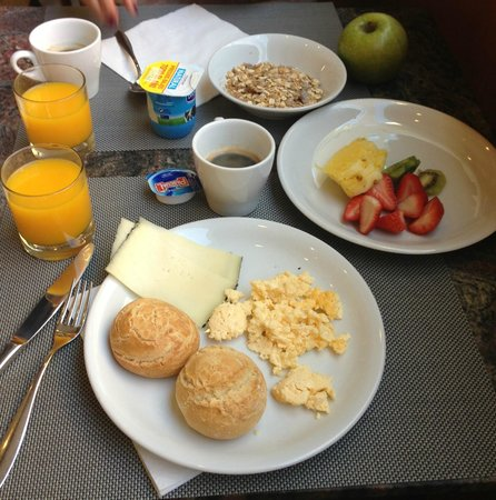 Bcn Urban Hotels Del Comte: breakfast