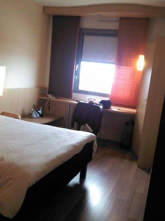 Ibis Verona: Camera Ibis Hotel_03