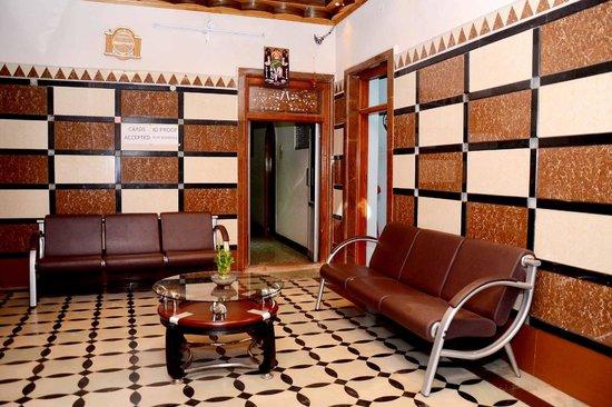 Hotel Tamilnadu -  Trichy: LABI
