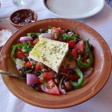 Zorbas Taverna: Una magnifica insalata